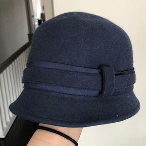 Banana Republic blue wool hat